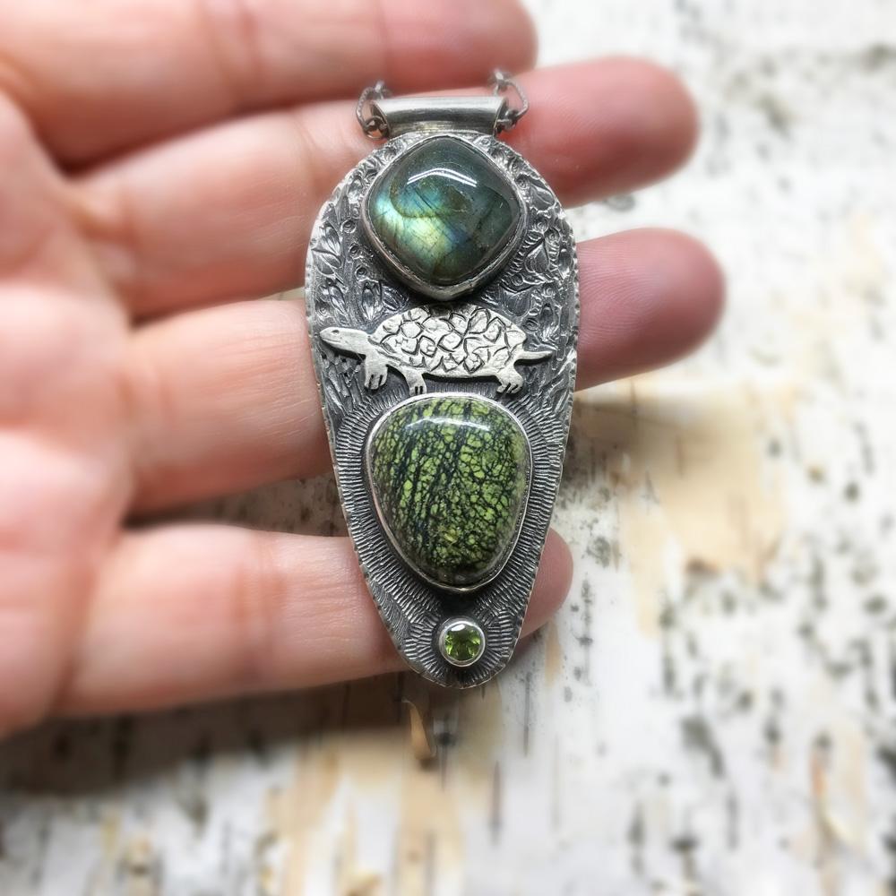 Turtle Medicine. Labradorite, serpantine and peridot pendant. (sold)