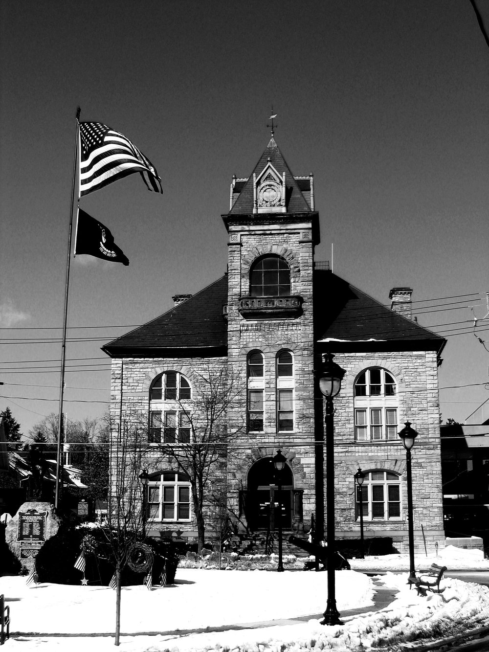 Monroe County Courthouse B&W, photo by Brandon R. Reish