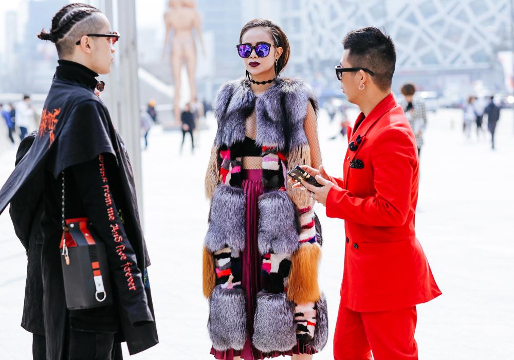 Seoul-fashion-week-FW-2017-Street-style-Buro247.sg-3-57.jpg