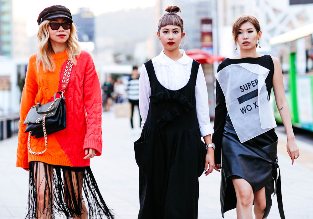 Seoul-fashion-week-SS18-Street-style-Buro247.sg-VCG_0804.jpg