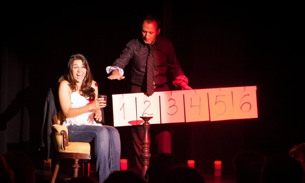 Orlando magician and mentalist performs stage magic shows with mentalism.