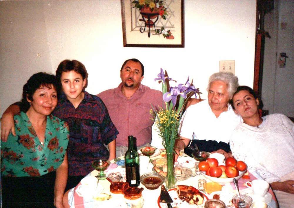 Shortly after immigrating to Orlando – Irina Khazina (mother), Kostya, Boris Kimlat (father), Inna Shatsman (grandmother), and Jenya Kimlat (sister)