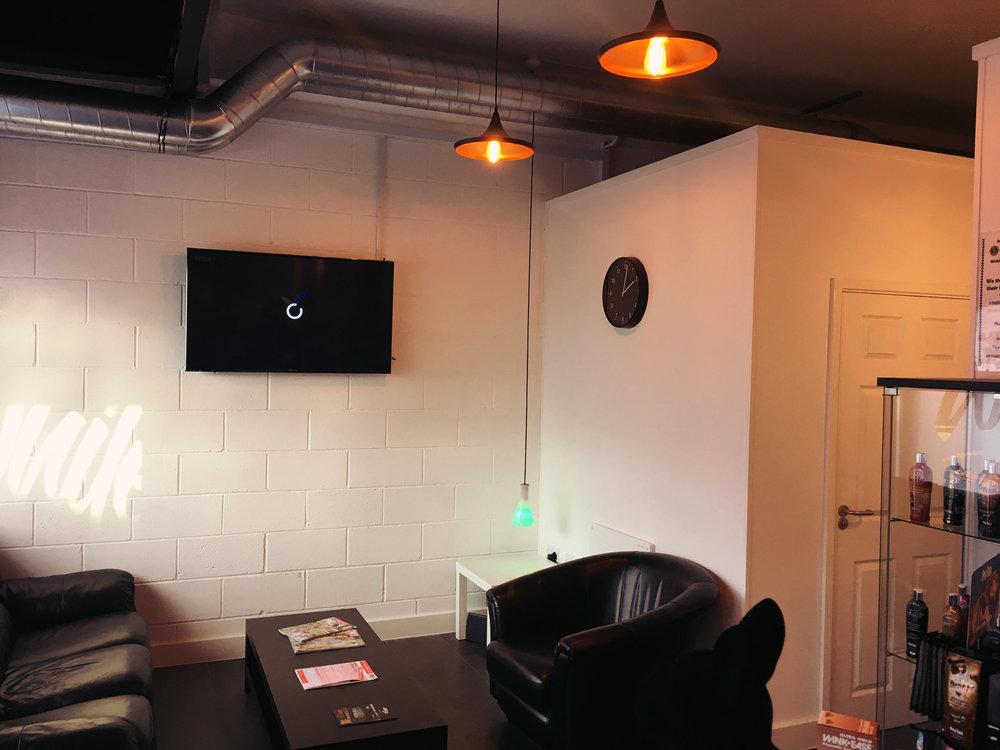 Nowhitebits-lobby-1.jpg