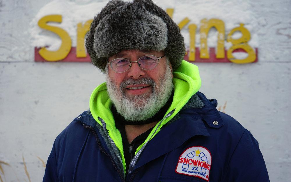 Grandpa Snow-Builder