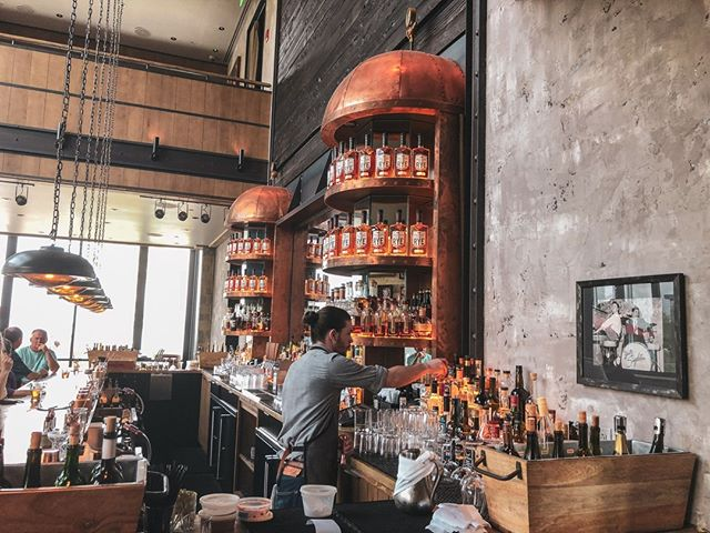 @sagamorespirit only makes rye whiskey. The good news is they make it really well! Their Cognac finished rye whiskey is something special. What does it taste like in five words or less? Pipe tobacco and red hots. #whiskeyandwords #whiskey #whiskeybar