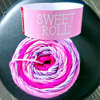 sweet roll pink yarn