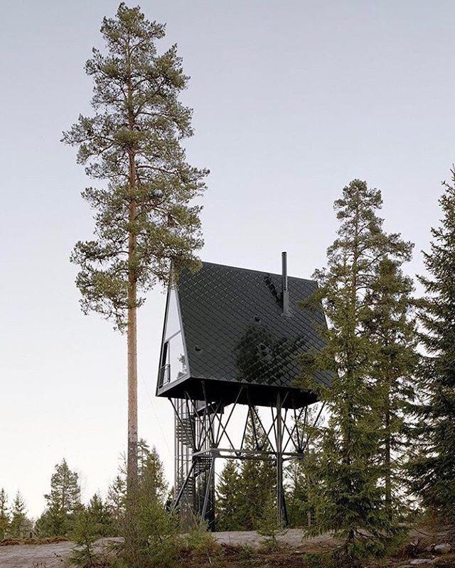 Back in here... #goals #saturday plans... via @armadilloandco @pantretopphytter cabins in Norway, designed by @espen.surnevik photo @rasmus.norlander