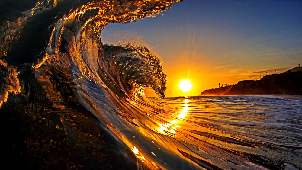Majestic wave at sunrise, California, USA