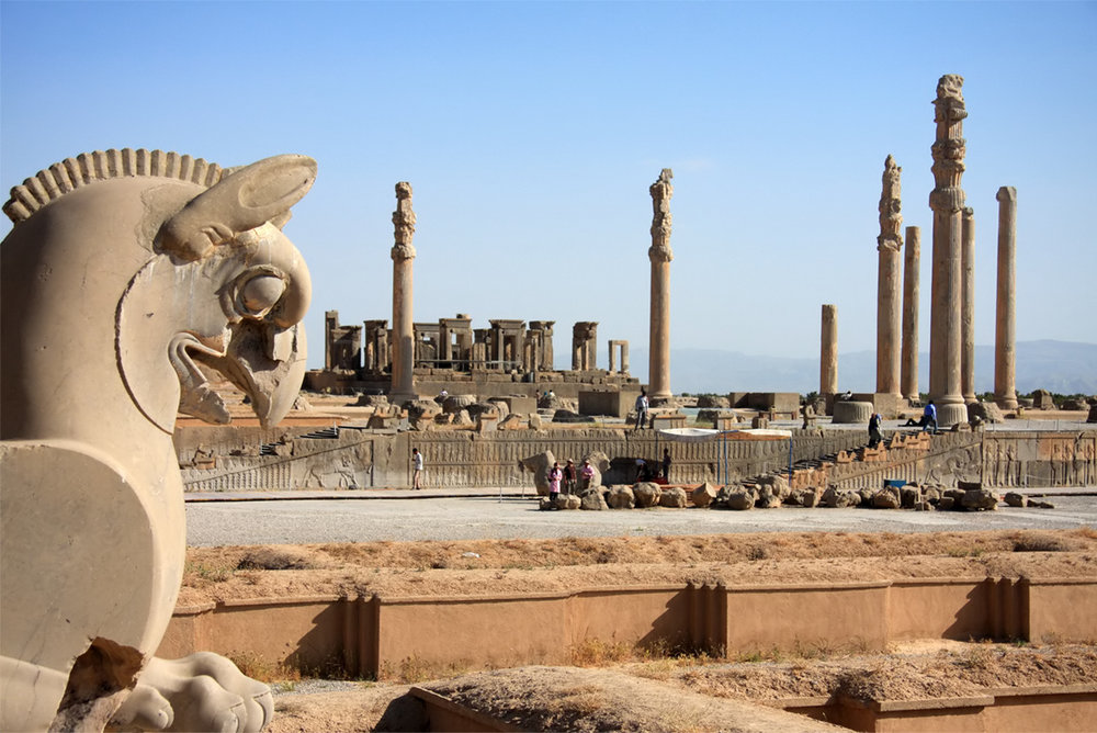 Ruins_of_Persepolis_by_Mehdis.jpg