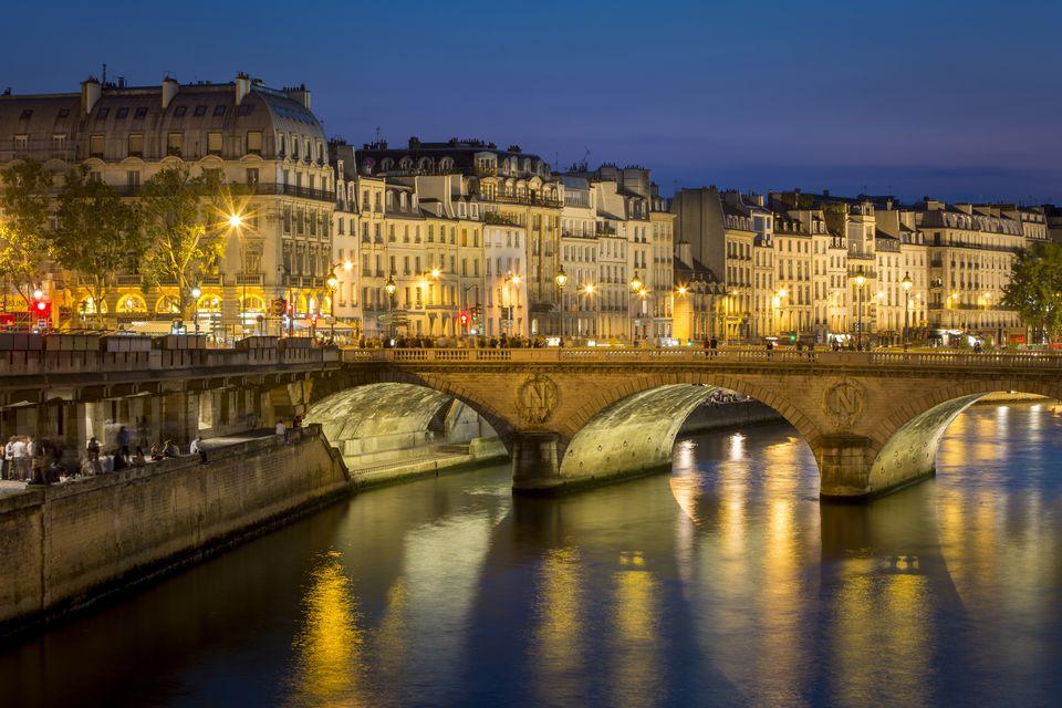 La Seine, by night