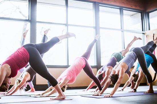 A full 1 hour yoga class