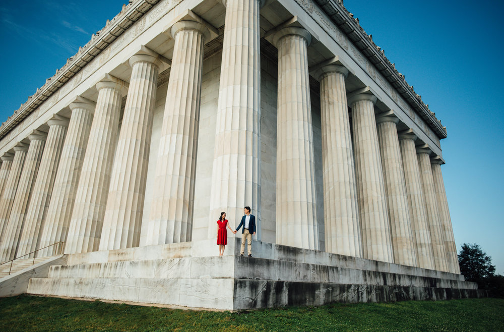 architectural engagement session at Lincoln Memorial in DC