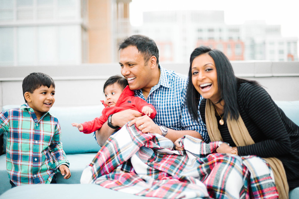 cozy family session in reston town center