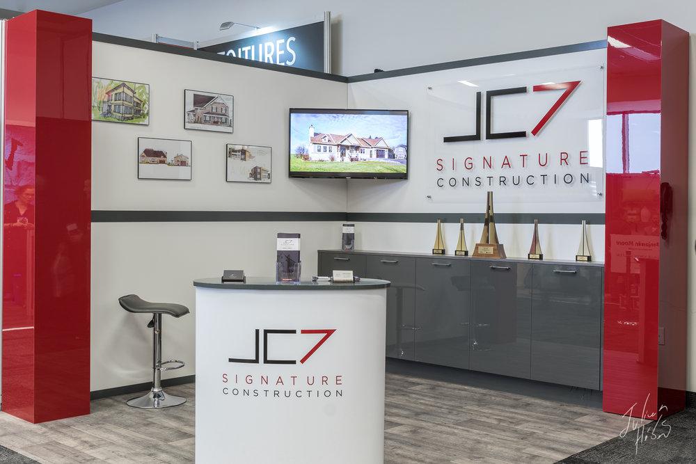 Kiosque JC-7 Signature Construction