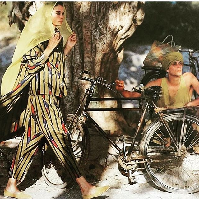 @inezandvinoodh in the the mid 80s. That matching outfit is killing the game. A new favorite pattern. Double tap if you coordinate with your boo #bitchsuits #style #styling #bicycle #india #inspo #pattern