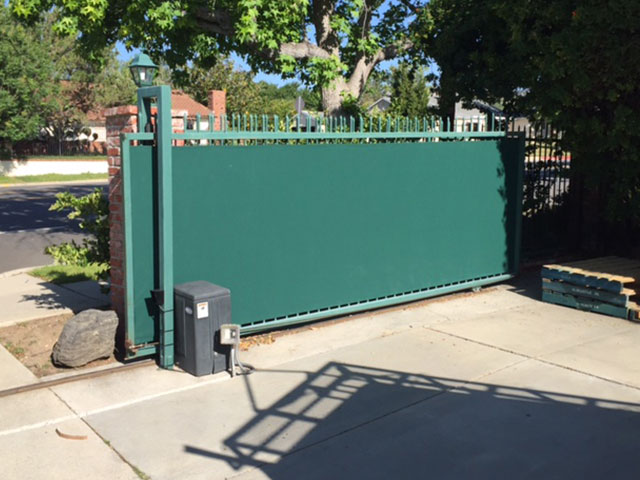 FENCE & GATE COVERS
