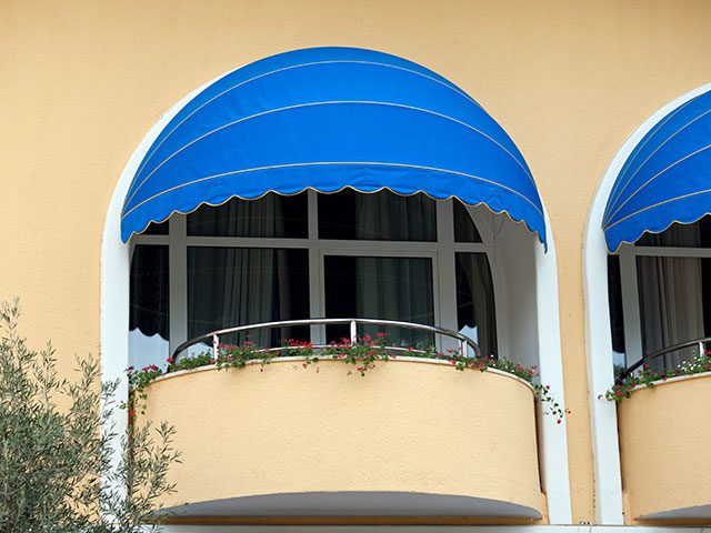 Residential Mynt Awnings