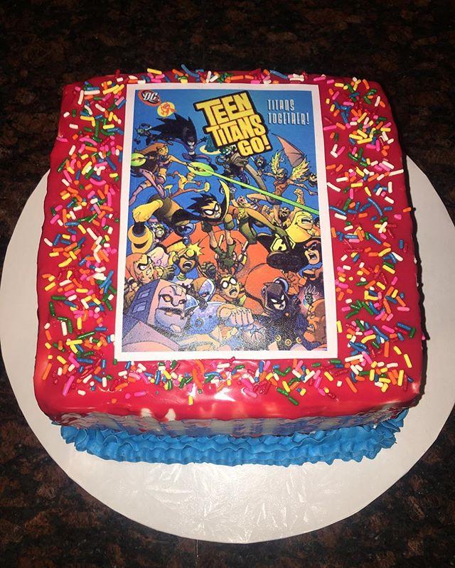 Teen Titian Cake!  #dessertsbysabina #dessert #cake #cakepops #cupcakes #teentitans #customcake #birthdaycake #bayarea #bayareafood #baker #bakery #edibleimage