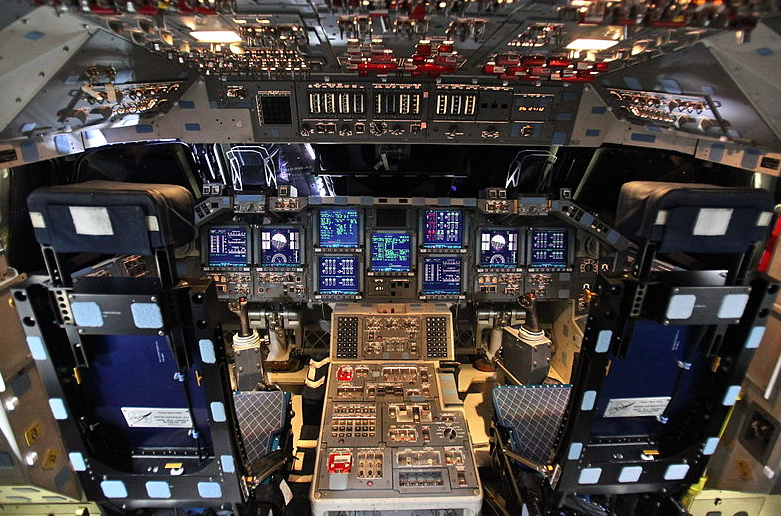 airplane-cockpit-123Wellness-drew-schwartz