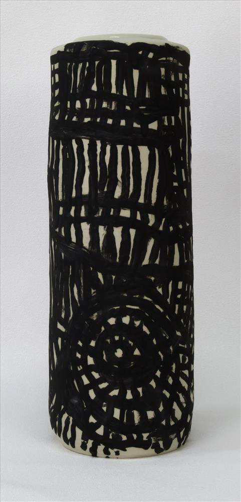 Dickie Minyintiri_RAFT_Wati-ku Inma Tjukurpa_2014_stoneware_37 x 13cm.jpg