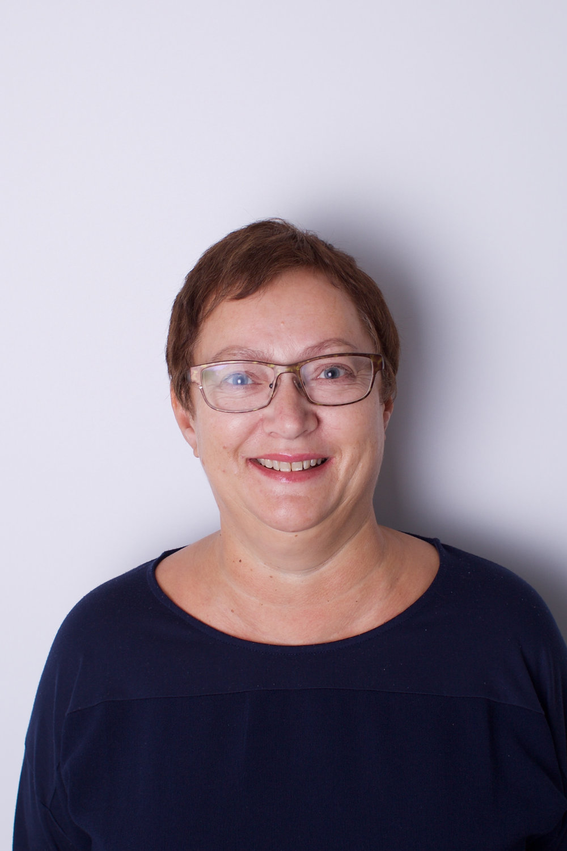 Lise Lindstrøm   Regnskap og sentralbord  770 59 760