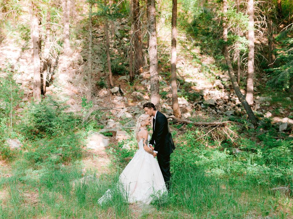 durango-intimate-family-wedding-private-ranch-029.jpg