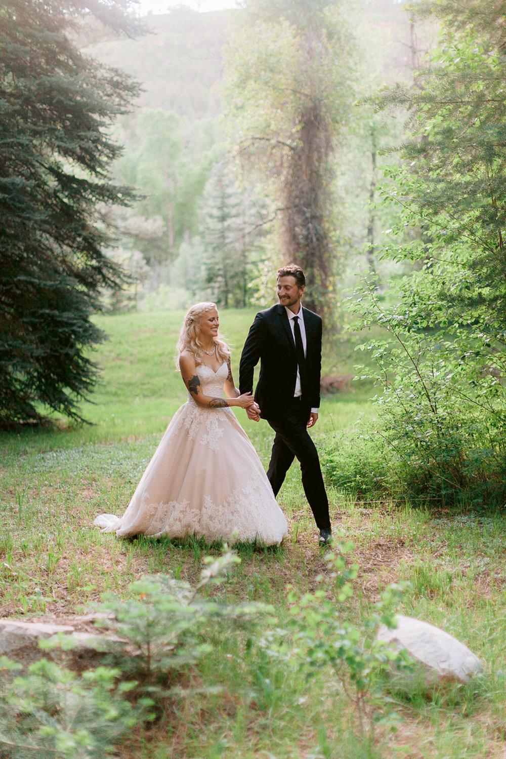 durango-intimate-family-wedding-private-ranch-033.jpg