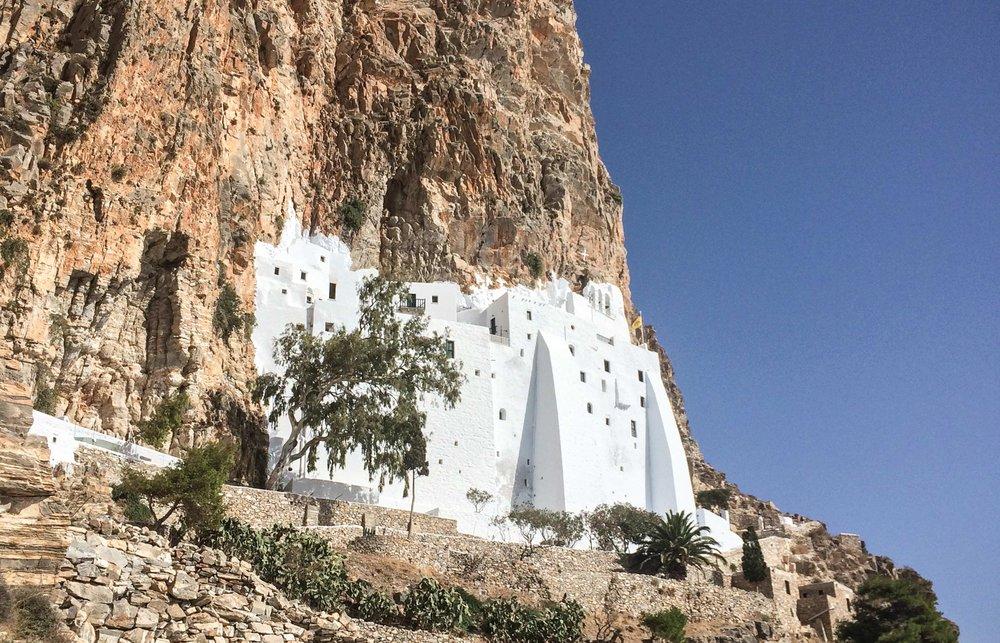 Web-Chozoviotissa_Monastery.jpg