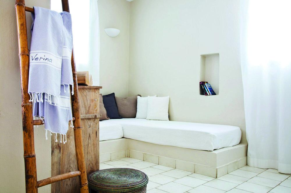 Verina_Suites_room_interior_living cmyk.jpg