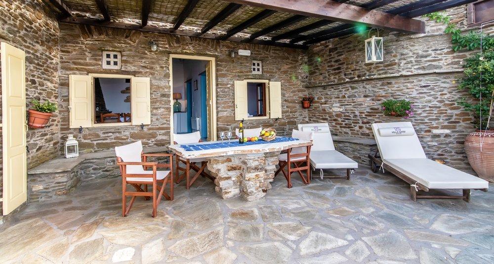 Villa Ghisi Exterior.jpg