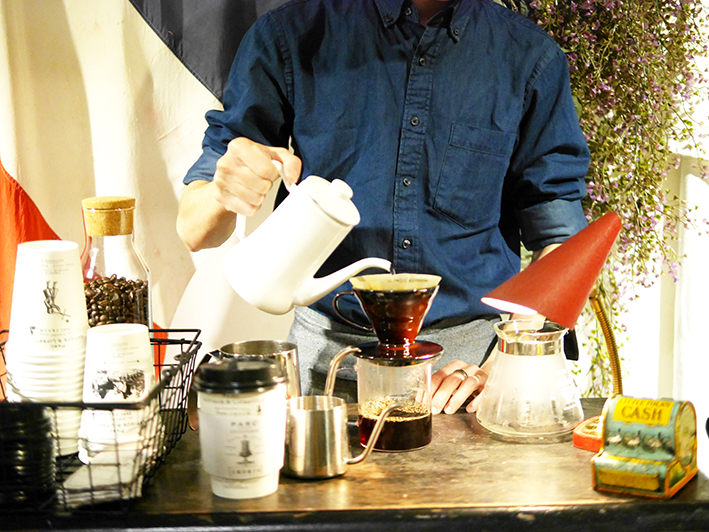 Café in Paris - Unlimited Hand Drip Coffee Bar