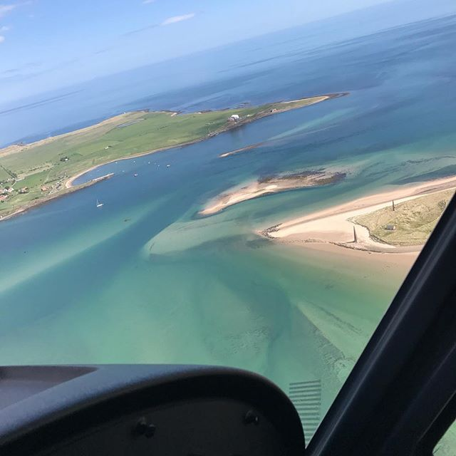 An absolutely stunning photo from a flight with Purple Aviation.  You can book your flight to see the seals with Purple Aviation or Xperience. #nofilter #seals #flying #coastal #holyisland #scenic #gift #experience #xperience #flying #flight
