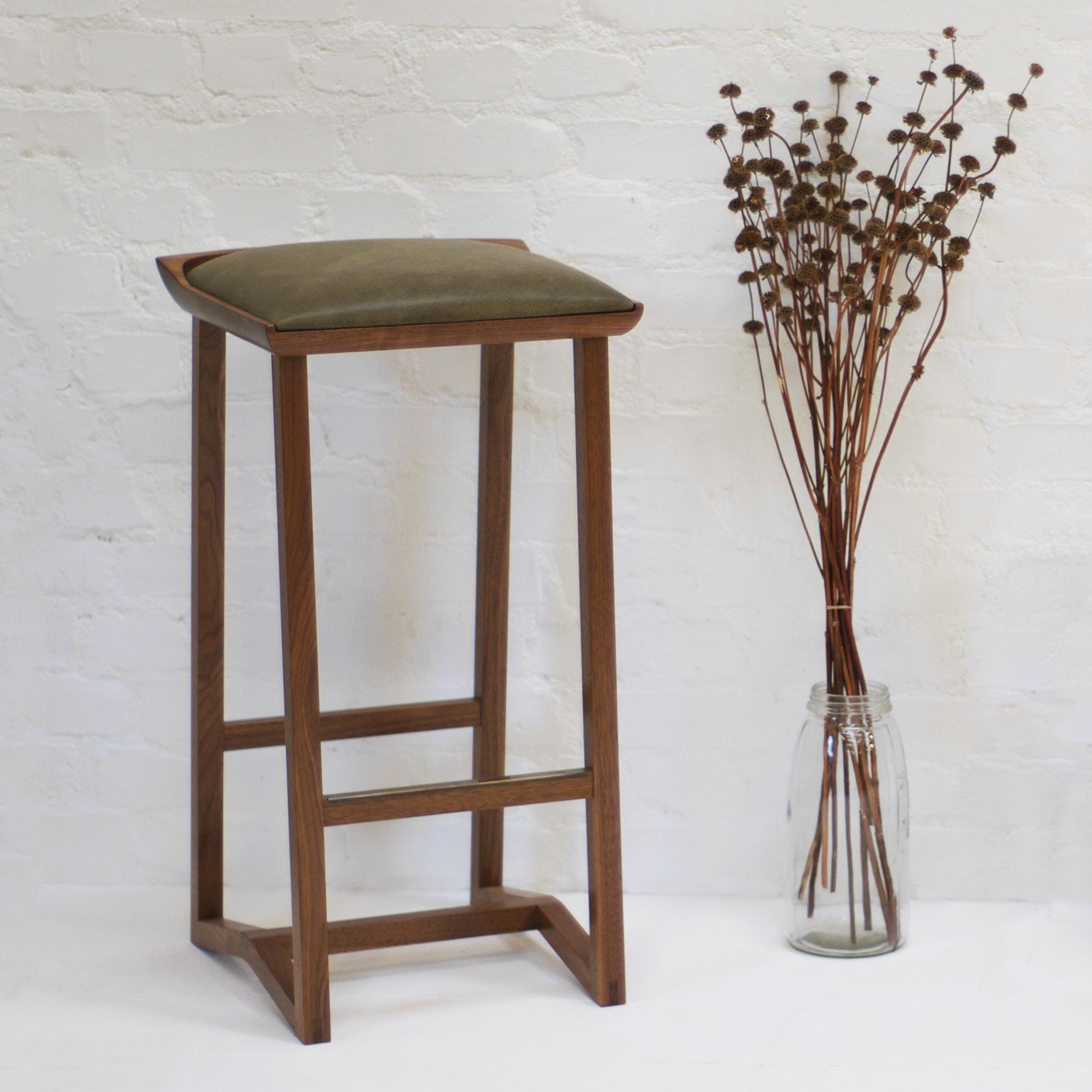 tasgal stool 1.jpg