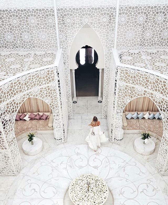 Still obsessed with the intricate patterns all over Marrakech! The geometric patterns and the light colours in this hotel is so very beautiful! ✨  Image from Pinterest