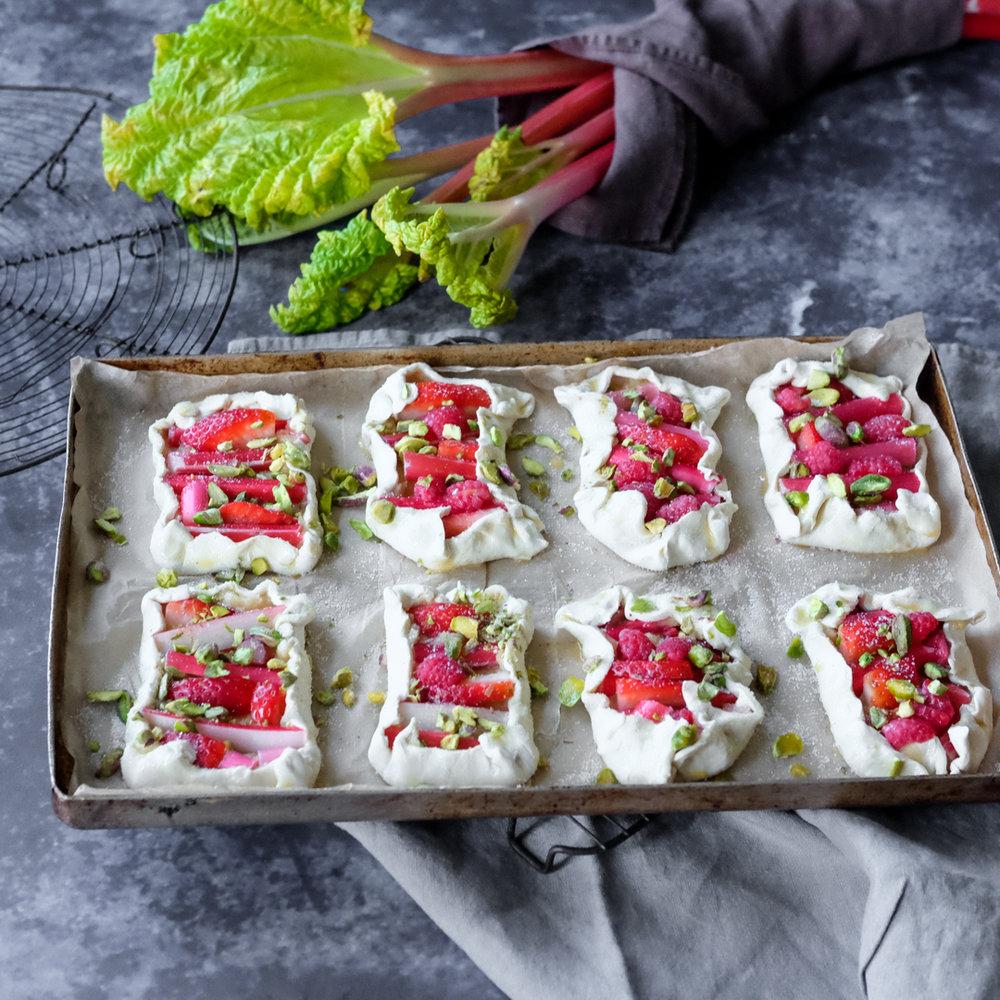 Rhubarb frangipane tart-8.jpg