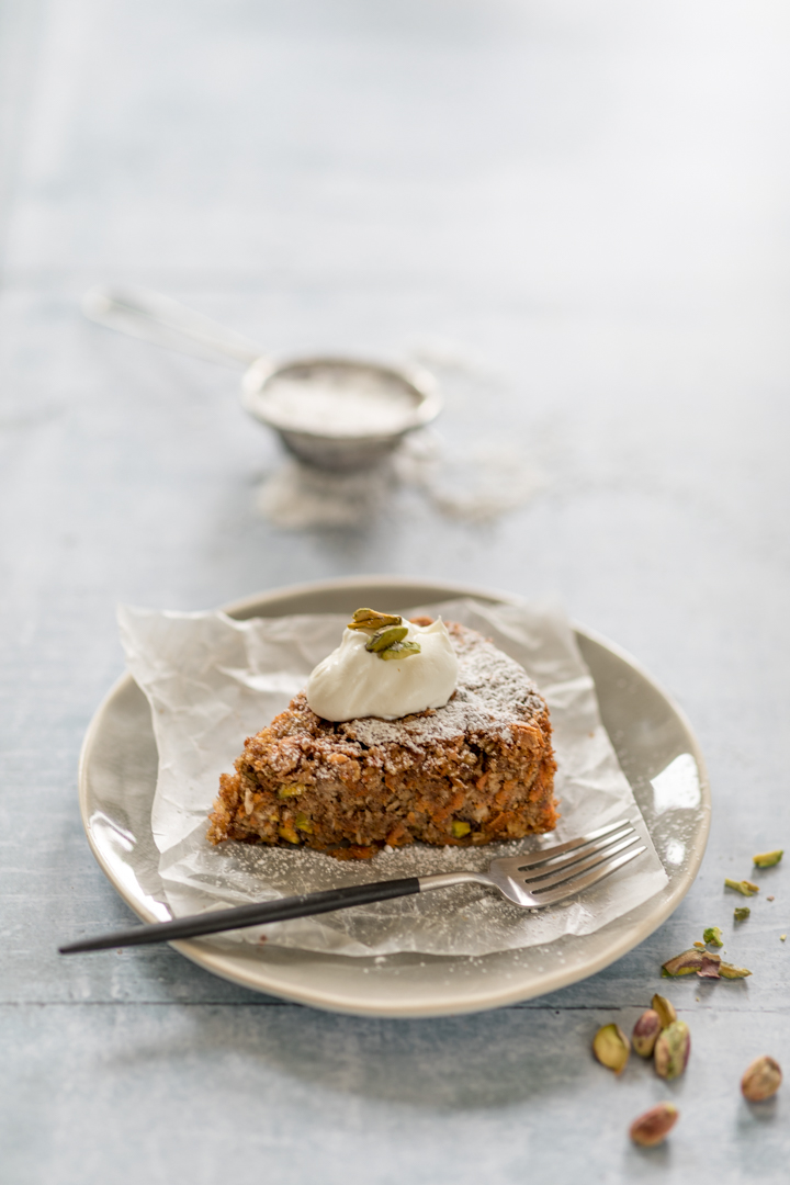 Pistachio and carrot cake-4.jpg
