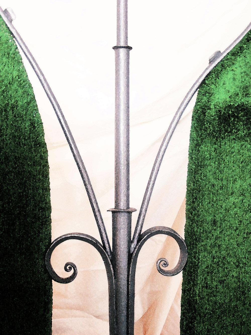 Kamran Gharabagi  - Kunstschmied, Maler   Kamran Gharabaghi geb.1968 in Klagenfurt, Metallmöbel, Objekte, Malereien. Lebt und arbeitet in Kärnten.