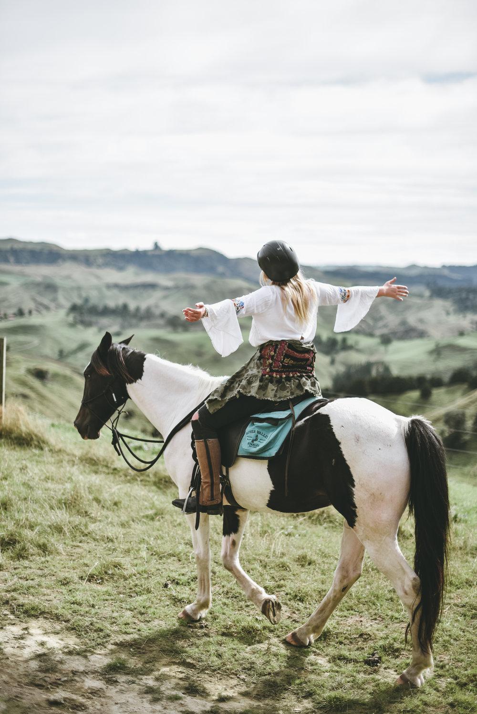 rivervalley-horseriding-newzealand-northisland-travelguide-gretacaptures-kiwiexperience