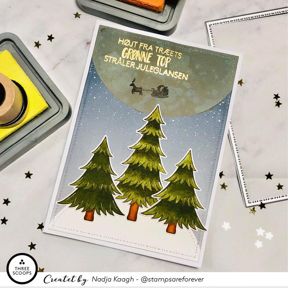Og efter jeg har samlet mit kort beslutter jeg mig for at tegne en lille silhouet af julemandens kane op mod månen. Den er ikke noget særligt men giver kortet endnu mere julestemning, selv om jeg egentlig var fint tilfreds med mit første resultat.