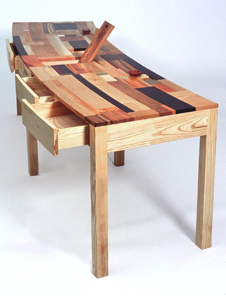 3.-Palombaggia-Desk.jpg