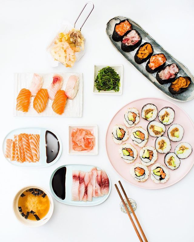 Home made sushi feast 😍😍😍