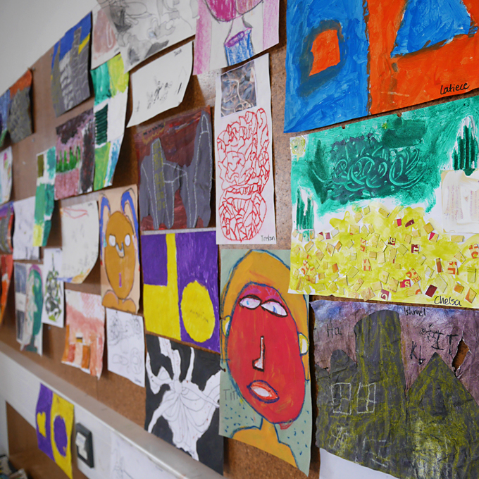 21 creative ways to preserve and display kids 39 artwork the for Creative ways to display artwork