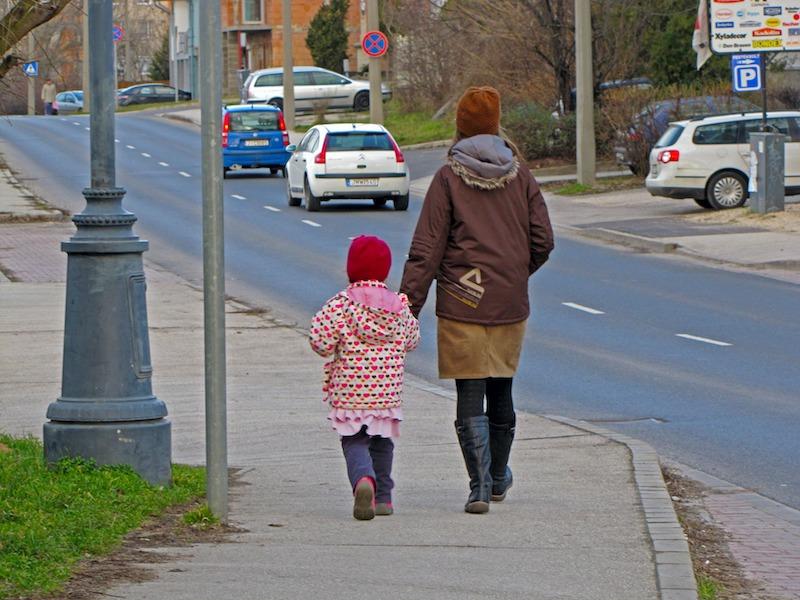 walk+to+school.jpg