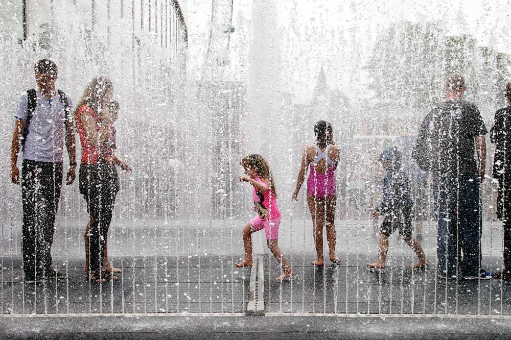 Southbank-Appearing-Rooms-Fountain.jpg
