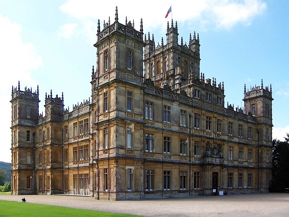 Highclere_Castle (1).jpg