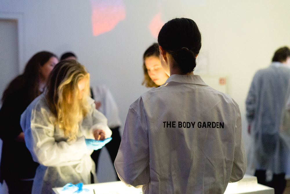 www.pleunvandijk.com_The Body Garden_Exposed_Photo@BartSchouten_003.jpg