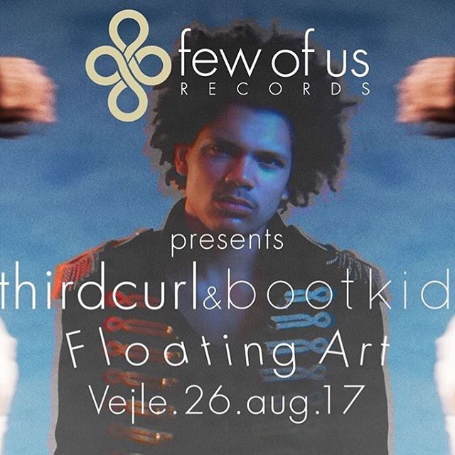 26th of august we return home to vejle where everything began back in 2014. we are bringing @boot.kid & @thirdcurl  Photography by: @klitsgaard  #floating #floatingart #vejle #fewofus #bootkid #thirdcurl #vejlekunstmuseum #kunst #art