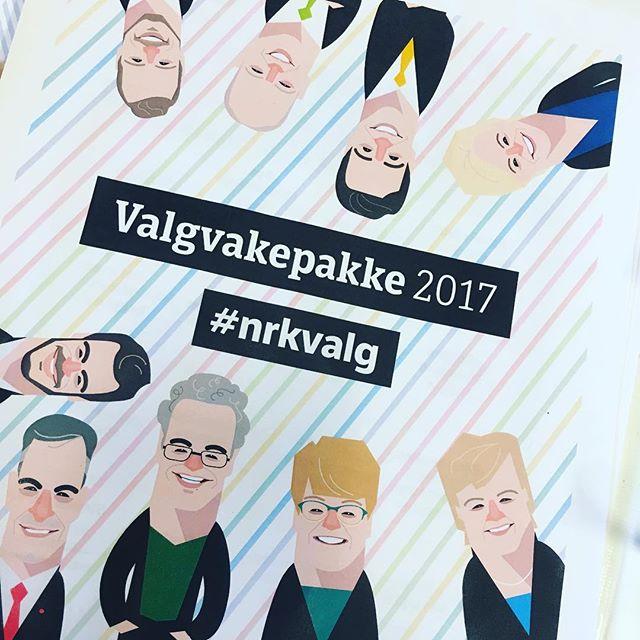 Og NRKs valgpakke 2017 er printet ut og vi er klare for å følge valget#valg2017#valgvake#brukstemmeretten#dinstemmeteller#nrkvalg