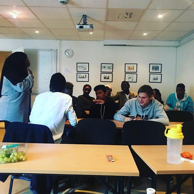 Gruppearbeidet på dag 2#godsteming#brukhodet#ungtilung#skolering#cooltobeclean#fuckdrugs#youthempowerment#peertopeer#letsdothis