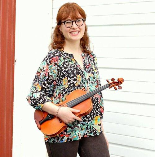 Tahlia Cott | Former Teaching Artist